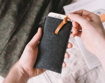 """Pull-out Case for LG G6, leather, wool felt, """"Knot"""", by band&roll"""