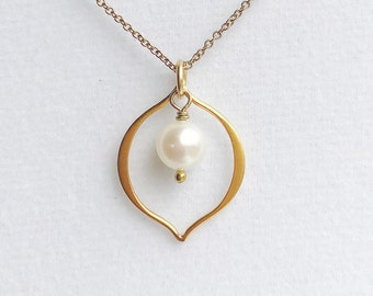 Vermeil Marquis Charm Freshwater Pearl 14k Gold Filled Chain Necklace