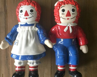 Vintage Pair of Large Raggedy Ann and Raggedy Andy Doll Ceramic Figures Figurings perfect for Collectors, Kid Rooms. Toy Hall of Fame!