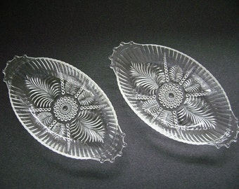 Pressed Glass, Pickle Dishes, Fern and Bubble Pattern, Oval Celery Dishes, Glass Handles, Vintage Glass, Depression Glass, Bath Soap Dishes