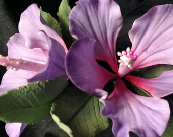 Sugar Gum Paste Hibiscus Flower with leaves