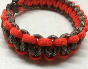 Mens paracord bracelet , Camo and hunter orange paracord bracelet , Mens Jewelry, Paracord Bracelet for him -  Handmade Survival Bracelet