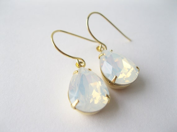 White Opal Crystal Teardrop Earrings Gold Plated Bridesmaid Earrings White Wedding Bridal Jewelry Sets Vintage Style Wedding
