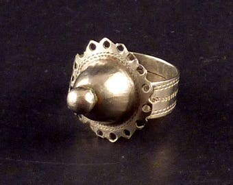 Tuareg ring from Southern Argelia, old tribal silver ring, tuareg jewelry, ethnic tribal jewelry, ethnic ring, tuareg silver, sahara jewelry