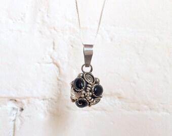 vintage Native American sterling silver onyx southwestern necklace