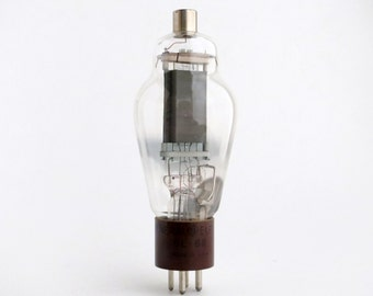 GE 811 vacuum tube - early version of the 811A work-horse transmitting tube