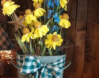Spring decor. Country decor, spring flowers,