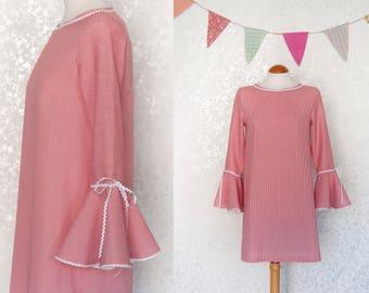 Red Dress / Shift Dress / A Line Dress / Vintage style Dress / Vintage 70s Inspired Dress / Bell Sleeves / Small / Medium / Large / Midi