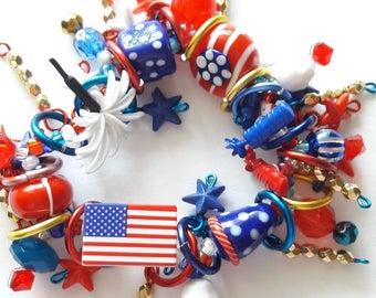 Fourth of July bracelet/Patriotic/Beadiebracelet