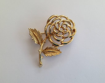 Vintage Sarah Coventry Goldtone Rose Brooch.