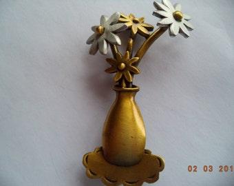 Vintage Signed JJ  Bronze/Silver pewter Flowers in Vase Brooch/Pin