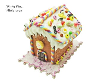 Christmas Gingerbread House (Pick 'n' Mix) - Miniature 1:12 Scale Food