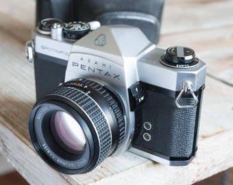 Working Vintage Pentax Spotmatic SP 35mm Film SLR Camera with lens -=Bargain=-
