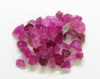 Raw Rough Rubelite Rubellite Pink Tourmaline, top facet, Crystals lot (5.15 carat) Semi Precious Gemstone (K.21)