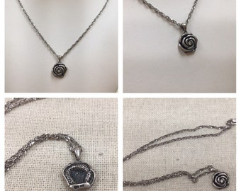 Vintage Sterling Silver Necklace With Rose Pendant !!!!