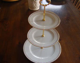 GRACE TEA STAND Sm Pink Roses,Gold/Cake Stand/3 Tiered Serving Tray,Hampton Grace Pattern, All Match,Perfect condition, Wedding, Party(K314)