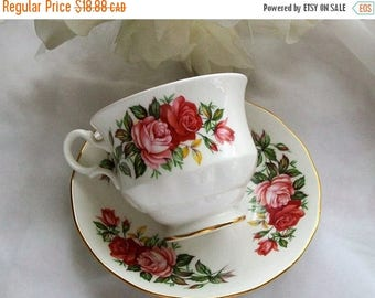 Vintage Queen Anne teacup - pink floral teacup - china teacups - vintage teacups - bone china - English china - teacups - china