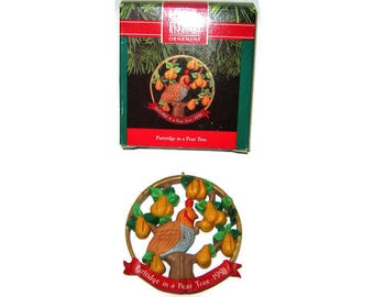 Vintage Hallmark Christmas Partridge in a Pear Tree Ornament Wreath Figure 12 Days of Christmas Series  with box New old stock 1991