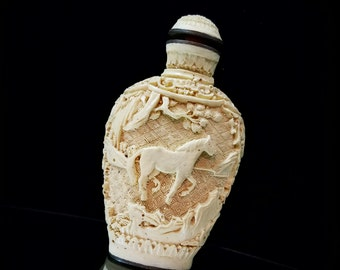Asian Snuff Bottle Pottery Porcelain Chinese Snuff Bottle Asian White Cinnabar