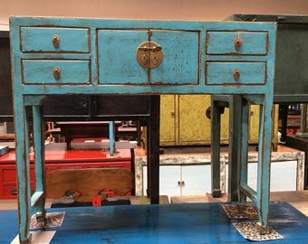 Chinese Console Table in Lacquered Turquoise (Los Angeles)