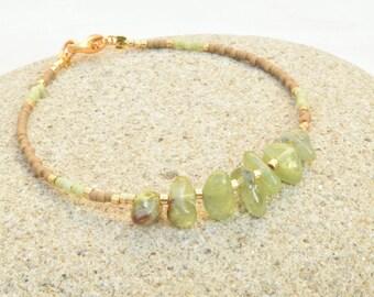 Peridot bracelet, Seed beads bracelet, Peridot jewelry, Olive green bracelet, Miyuki bracelet, Raw stone bracelet, Gift for her