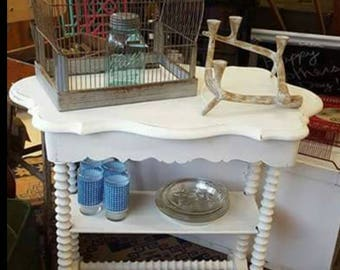 Cottage Chic Spindle Side Table Distressed Painted Small Desk Entry Table Porch Furniture Shabby Customize