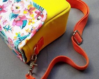 Toy Camera Bag, Instax Bag, Camera Bag, Sling Bag, Floral Bag, Canvas Bag, Canvas Camera Bag, Lomography Bag, Polaroid Bag
