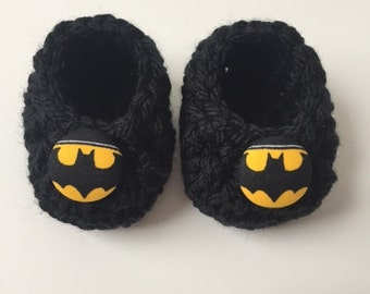 Batman baby booties, Batman baby gift, Batman shower gift,  infant shoes, crochet baby booties, booties for baby, crochet baby shoes