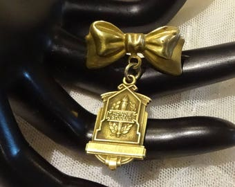 "Old Vintage Brass  ""Honor Student"" Dangly Pin"