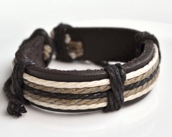 Bracelet brown cords