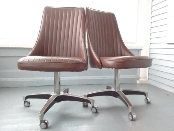 Vintage 70s chromcraft dining chairs by rhymeswithdaughter for Vintage 70s chair