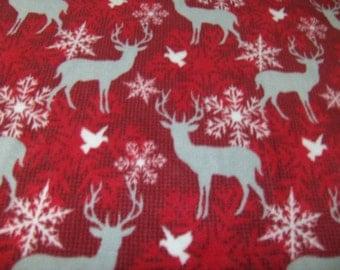 large fleece blanket in deer print, reindeer blanket, fleece throw, Christmas blanket, adult bedding, Christmas decor, holiday gift