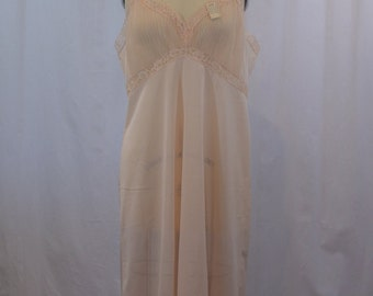 Peach Marsfeld Slip /Night Gown with Micro Pleating at Bust and Hem with Original Marshall Field & Co. Tag, 42T