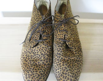 Vintage 90's Suede Leopard Print Ankle Boots - Made In Italy - Saks Fifth Avenue - Size 8.5 B