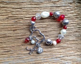 Alabama elephant bracelet with charms: elephant bracelet that stretches with Alabama charm and beads Elephant Roll Tide jewelry