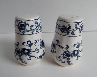 """3 3/8"""" Japan White Blue Floral Salt + Pepper Shakers Porcelain"""