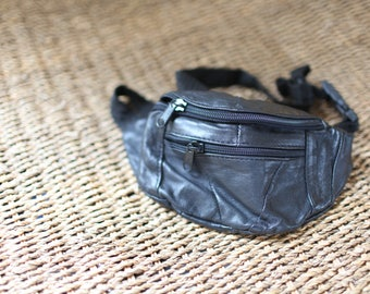 vintage tourist black leather fanny pack