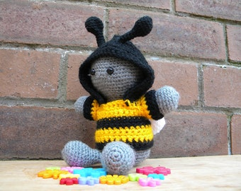 Inchoate Bumble Bee Crochet Kit