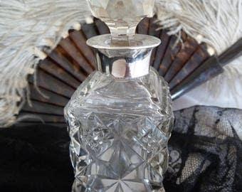 1920s cut glass scent bottle with silver collar, Birmingham 1920. Vintage cut glass perfume bottle. Art Deco silver and glass scent bottle.