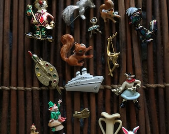 a Collection of animals, Clown, ballerina Vintage and Retro Brooches