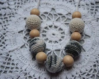 Crochet Nursing Necklace - Breastfeeding Necklace - Teething necklace with crochet beads cream-black-white-grey