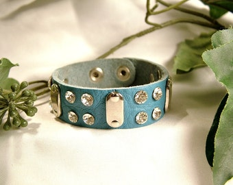 Retired King Star Authentic Turquoise Leather/Silver/Rhinestone Bracelet