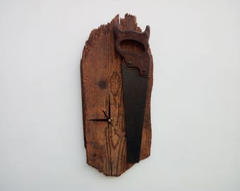 Wall Clock WOODEN ANCIENT RESTORED, beginning with ancient saw 900. This is one article can not be duplicated. ClockTop