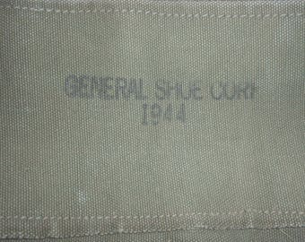 """US Army 1944 dated kitbag; """"Melvin Mainer"""""""