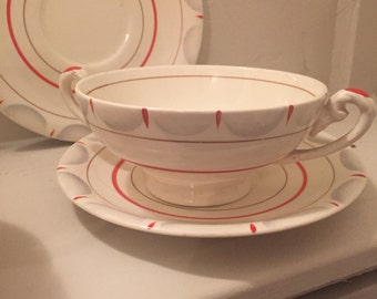Beautiful 30s soup bowls and saucers. MYOTT. Handpainted. 30s. Art Deco crockery.