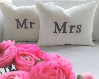 Pillow-cushion set Mr and Mrs