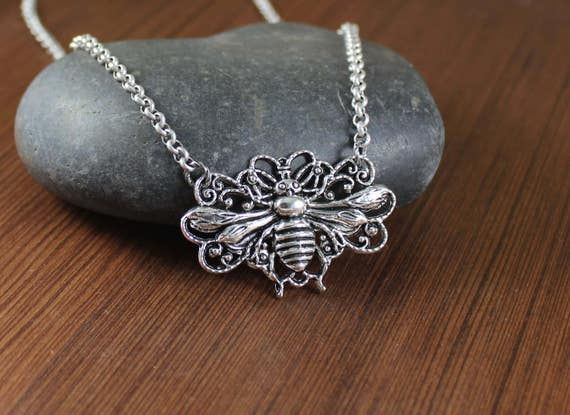 Rustic Romantic ~ Queen Bee pendant necklace ~ Go Tell The Bees That I Am Gone ~ Outlander inspired