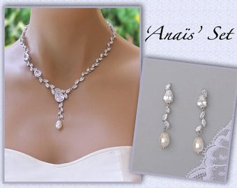 Pearl Back Drop Necklace, Bridal Backdrop Pearl Necklace, Bridesmaids Necklace , Wedding Necklace,