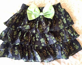 Lucky Met Gold Horseshoe 4 Leaf Clovers Skirt Size 6 Yr