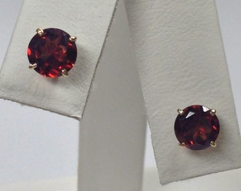 Natural Garnet Stud Earrings Solid 10kt Yellow Gold